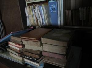 旧い書籍とファイル。私にはお宝に見える